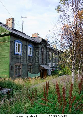 Murmansk, Russian federation - september 10 2011, The old wooden houses, Murmansk