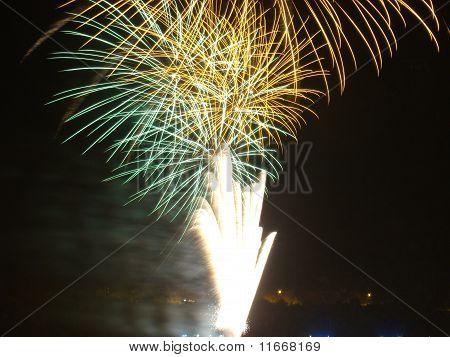Reveillon fireworks