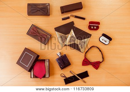 Men's Accessories For Classical Clothes
