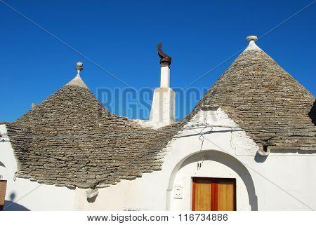 The Trulli Of Alberobello In Apulia - Italy N120
