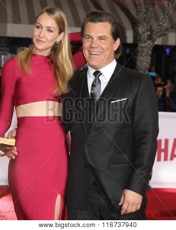 LOS ANGELES - FEB 1:  Kathryn Boyd, Josh Brolin at the Hail, Caesar World Premiere at the Village Theater on February 1, 2016 in Westwood, CA