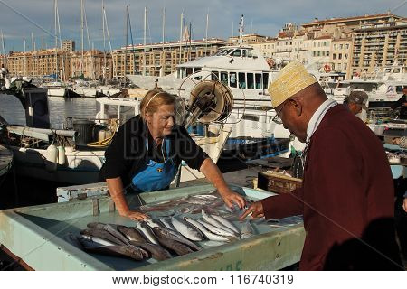 France, Marseille -november 19,2015: The Buyer At The Fish Market In Marseille. Old Port Of Marsei