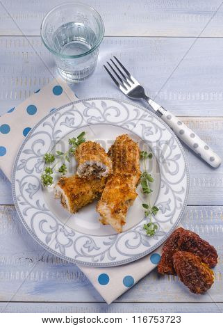 breaded swordfish stuffed with dried tomatoes