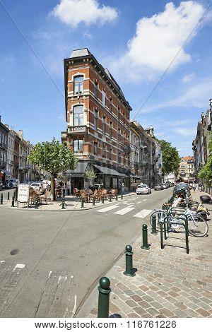 Square Du Chatelain In Ixelles