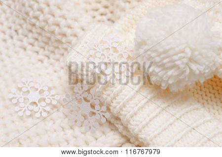 white knitted hat and scarf background texture