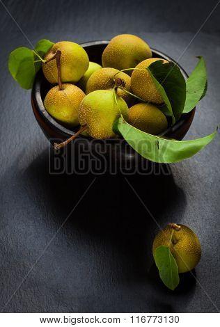 Non-GMO bio apples in bowl
