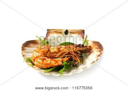 Roasted Black Tiger Shrimp With Salad, Served In A Scallop Shell, Isolated With Shadow On White Back