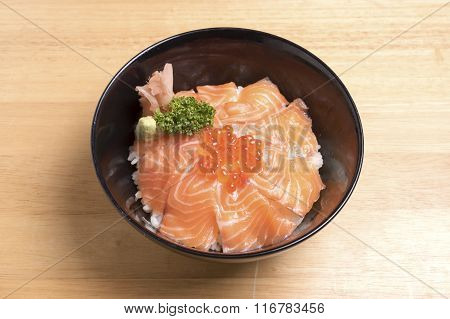 Salmon Ikura Don Ont The Wood Table.