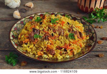Uzbek pilaf with raisins and barberry