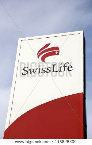Swiss Life logo on a panel