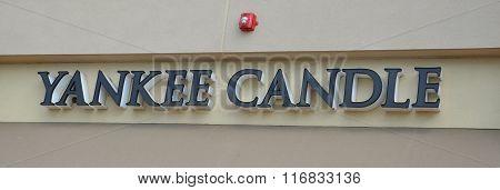 Yankee Candle Logo