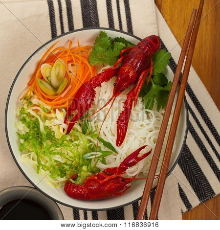 Rice noodles with Crawfish