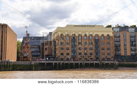 Pickford's Wharf, London