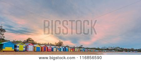 Small Bathing Houses And Beautiful Skay