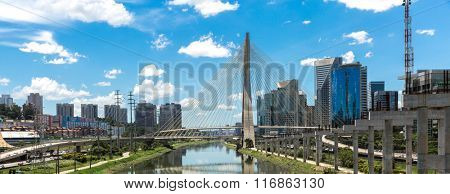 The most famous bridge in the city of Sao Paulo, Brazil
