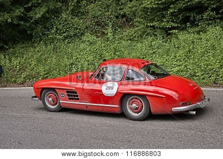 Mercedes Benz 300 Sl W 198 In Historic Race Mille Miglia