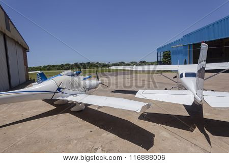 Planes Propeller Airport