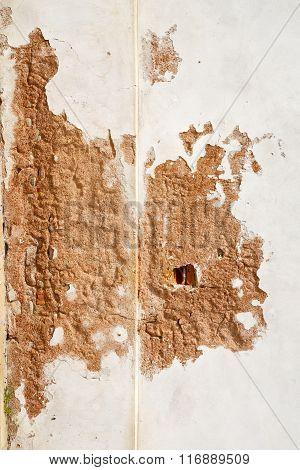 Santo  Lombardy Italy     Wall  Curch Broke Brike Pattern