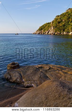 Stone In Thailand Kho Tao   Water   South China Sea