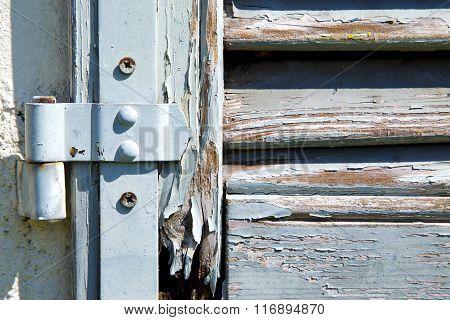 Grey Window  Viladosia Palaces     Wood Venetian Blind In The
