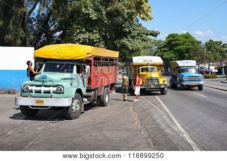 Truck Buses In Cuba