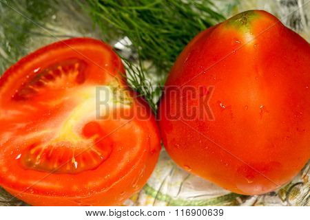 Red Tomato Cut