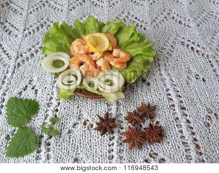 Shrimp wiwh Lettuce, Vegetarian Healthy Food With Vegetables
