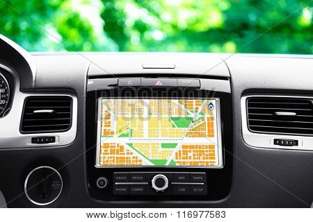 Navigation system in car