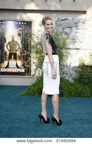 LOS ANGELES, CA - JULY 06:  Leslie Bibb at the premiere of 'The Zookeeper' at the Regency Village Theatre on July 6, 2011 in Los Angeles, California