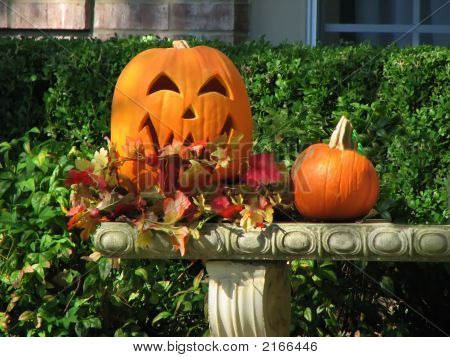 Happy Jack 0  Lantern Carved Pumpkin Halloween Bench