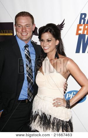 LOS ANGELES - APR 29: Melissa Rycroft, Tye Strickland at the 18th Annual Race to Erase MS event in Los Angeles, California on April 29, 2011