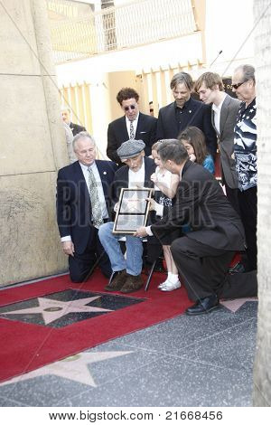LOS ANGELES - MAR 26: Mark Canton, Viggo Mortensen, Jack Nicholson, Tom LaBonge,Dennis at a ceremony as Dennis Hopper receives a star on the Hollywood Walk of Fame in Los Angeles, CA on March 26, 2010