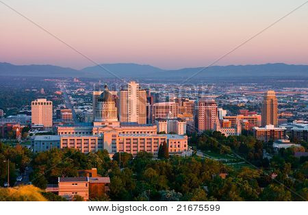 Salt Lake City, Utah al atardecer