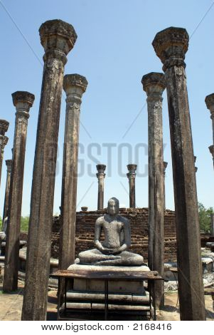 Buddha And Pillars