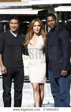 LOS ANGELES - NOV 30: Mario Lopez, Jennifer Lopez, Denzel Washington to announce Jennifer Lopez as new national spokesperson for Boys & Girls Clubs of America in Los Angeles, CA on November 30, 2010