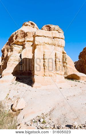 Relief Of Obelisk And Jinn Block In Bab As-siq, Petra
