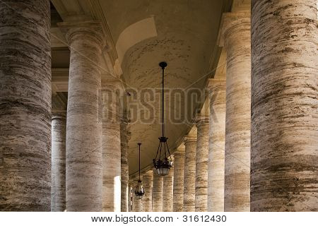 Colonnade Around St Peters Square