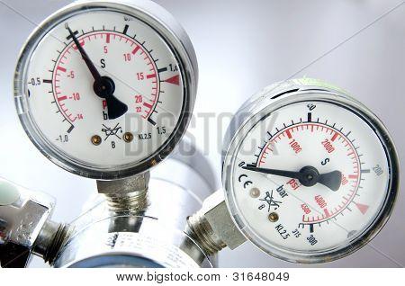 Air Pressure Scale
