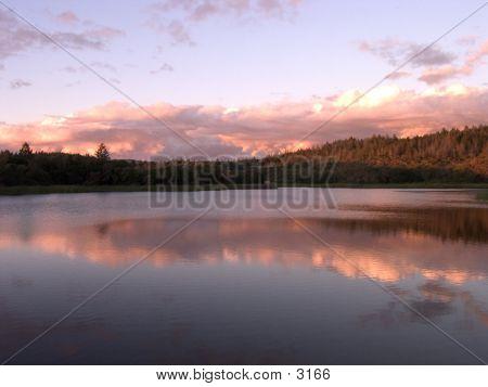 Elsanjo Lake