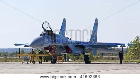 Kyiv, Ukraine - September 29: Undefined People And Ukrainian Air Force Su-27 During 8Th Internationa