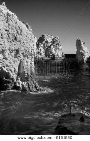 Ocean Cliffs B&w