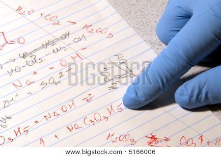 Química en el laboratorio de investigación de la ciencia
