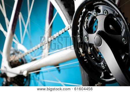 road bicycle rear hub, sprockets and derailleur