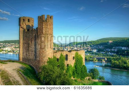 Burg (fortress) Ehrenfels, Ruedelsheim, Hessen, Germany