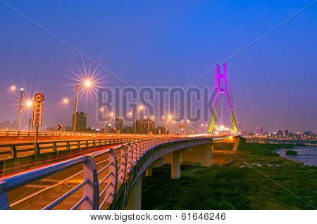 New Taipei Bridge