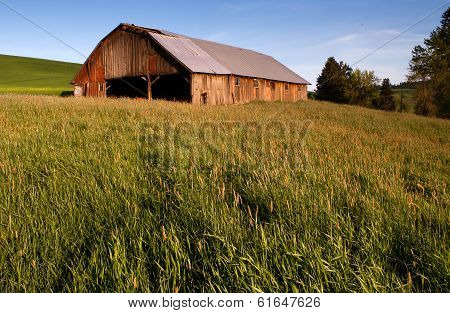 Farm Industry Equipment Enclosure Building Barn Palouse Country Ranch