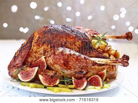 Roasted turkey with fruits