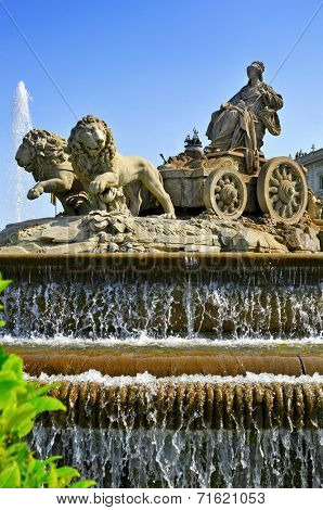 view of the popular Cibeles Fountain in Madrid, Spain