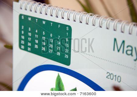 desktop calendar.