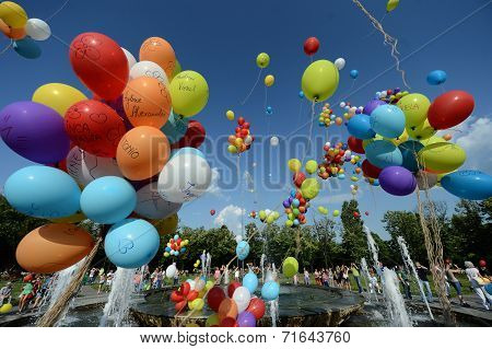 Colorful baloons in the sky